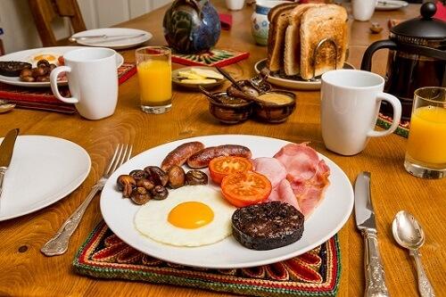 Prawdziwe angielskie śniadanie w Szkocji
