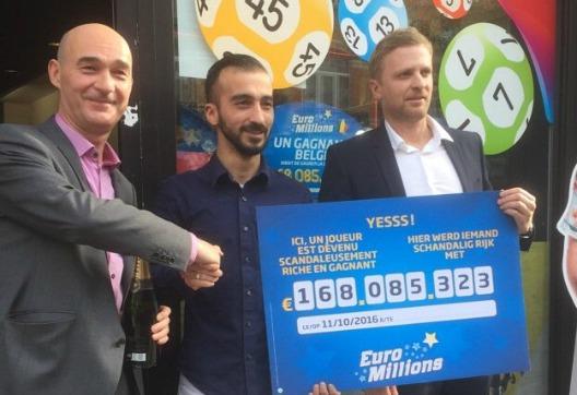 Propriétaire du magasin belge ayant vendu le ticket gagnant de l'EuroMillions