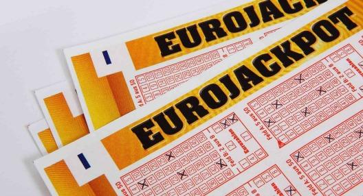 Przewodnik po loterii EuroJackpot lottery guide