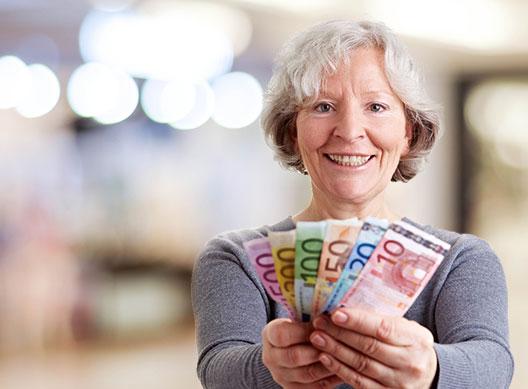 woman on benefits wins lottery