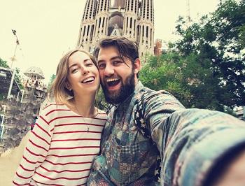 Selfie in front of Sagrada Famiglia
