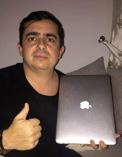 Участник из Румынии выиграл на theLotter MacBook