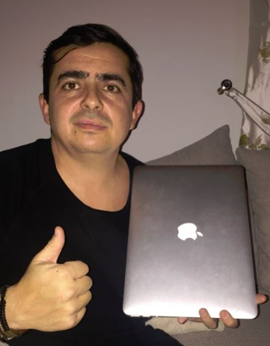 Romanian lottery player wins a MacBook in theLotter's September Sweepstakes